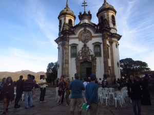The many tourists waiting to enter St. Francis Assis church in Ouro Preto